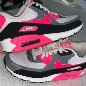 Nike Airmax Cool Grey/ Hyper Pink/ Black